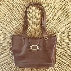 Brown leather purse, many pockets!